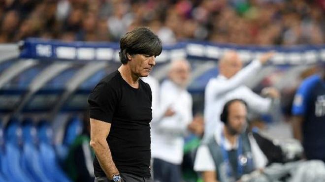 Vì sao tuyển Đức khủng hoảng, Joachim Loew vẫn không bị sa thải?