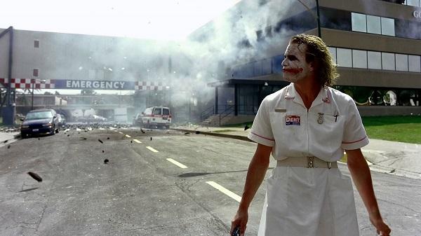 M.U: Mourinho là sứ giả hỗn loạn như Joker