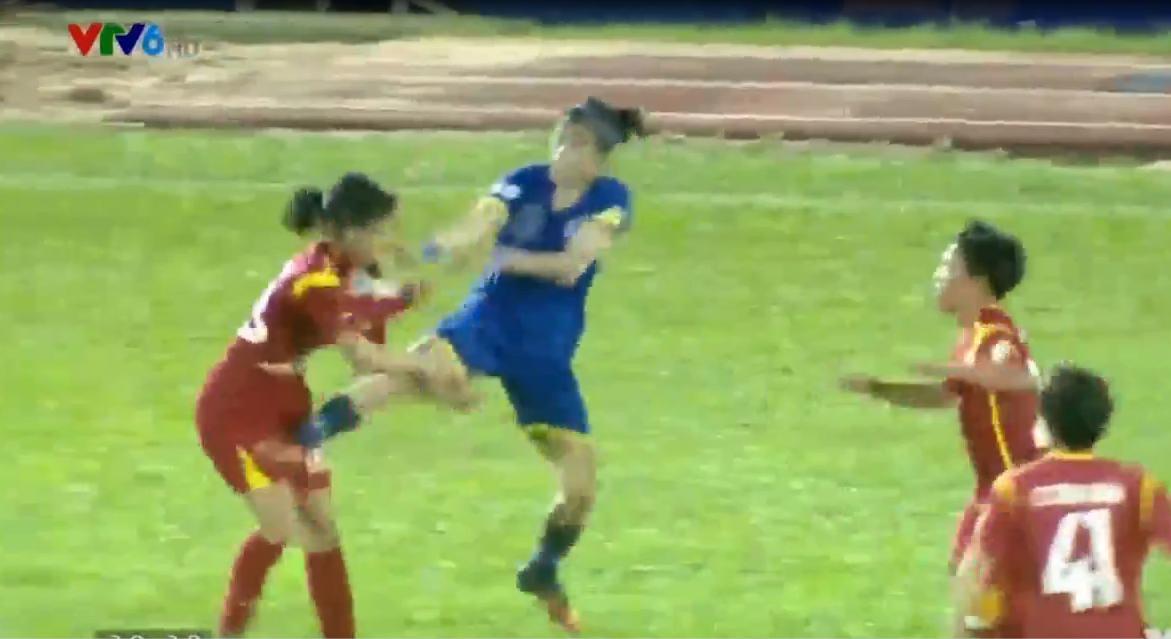 Video cầu thủ nữ đánh nhau, video clip nữ cầu thủ hỗn chiến, bóng đá nữ đánh nhau, ẩu đả ở sân Thống Nhất, TP.HCM I và Than Khoáng Sản đánh nhau, án phạt bóng đá nữ