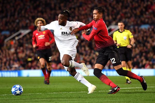 Mourinho phải thực hiện 5 quyết định lớn trước trận gặp Chelsea