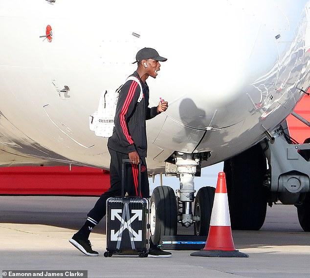 Lukaku không ra sân bay cùng đồng đội, HLV của Bournemouth mừng thầm