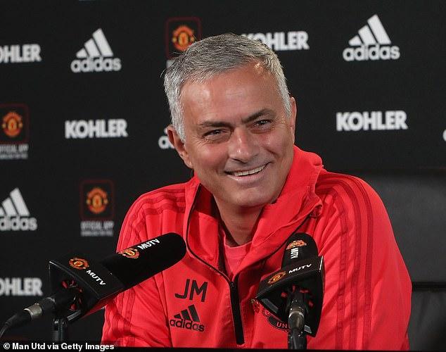 Jose Mourinho: 'Đừng mơ tới chức vô địch khi vẫn đang ngoài Top 4'