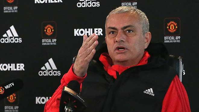 Mourinho: 'Chẳng có lý do gì để bào chữa nếu M.U không thắng Fulham'
