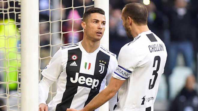 Juventus 2-1 Sampdoria: Ronaldo 'gánh team'. VAR giúp Juventus thoát bàn thua ở phút cuối