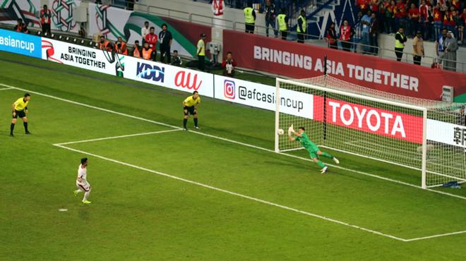 Báo Tây Á: ''Việt Nam cực may mắn, chỉ thắng 1 trận mà vào tới Tứ kết Asian Cup''