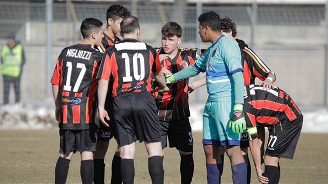 Đội bóng ở Serie C thua 0-20 vì ra sân với... 7 cầu thủ, gồm một chuyên gia vật lý trị liệu