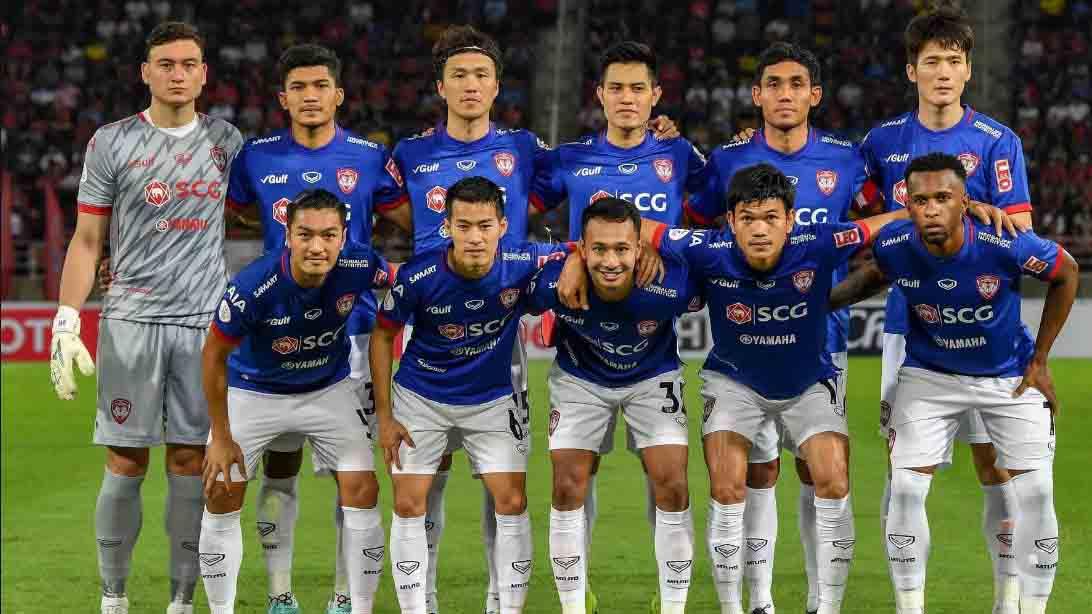 Muangthong United 1-2 Port FC: Văn Lâm chơi đầy nỗ lực nhưng không cứu được Muangthong