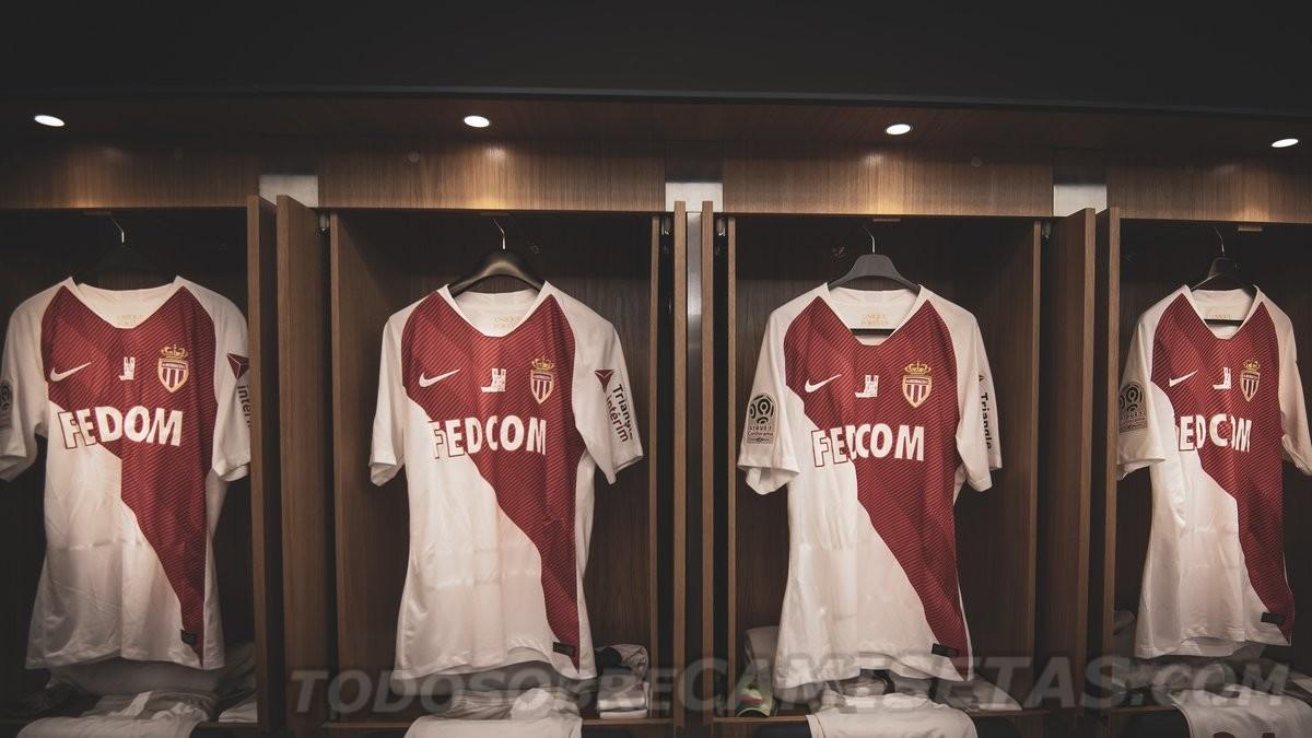 PSG, Ligue 1, Nhà thờ Đức Bà Paris, AS Monaco, bóng đá Pháp, cháy nhà thờ đức bà, hỏa hoạn nhà thờ đức bà