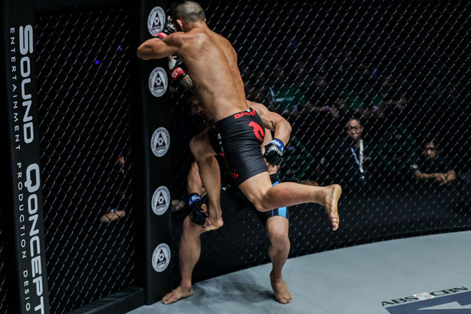 Martin Nguyễn, Roots of Honor, ONE Championship, ONE Featherweight, knock out,Jadamba Narantungalag""