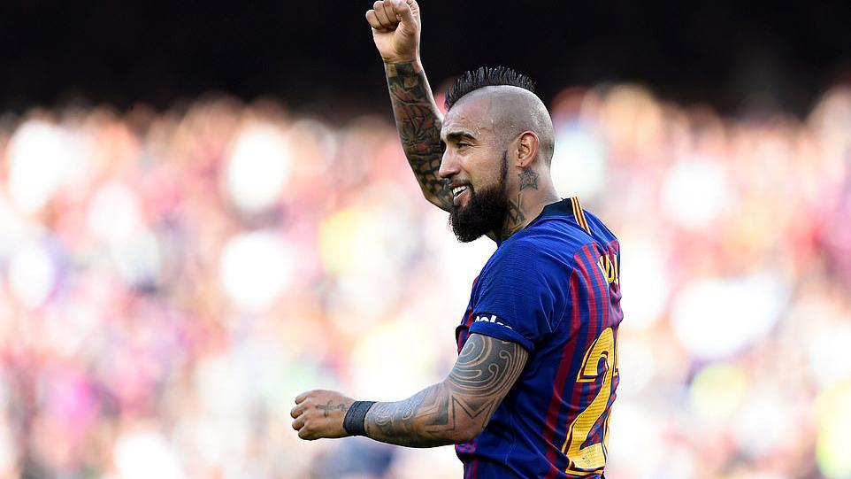 Barcelona 2-0 Getafe: Messi và đồng đội tìm lại niềm vui sau 'cú sốc Liverpool'