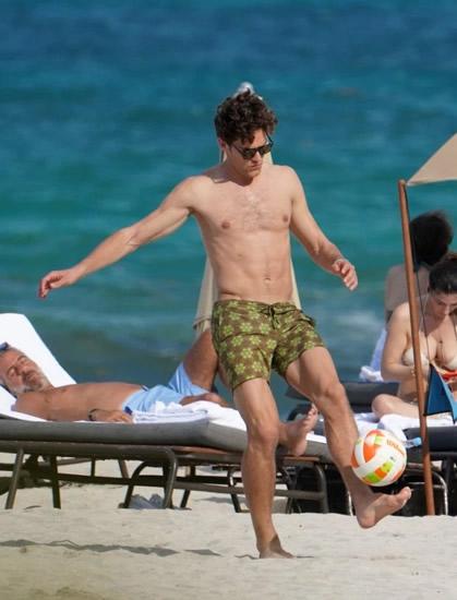 Chelsea, Marcos Alonso, Arsenal, Europa League, Chung kết Europa League, WAGs, người đẹp, bikini