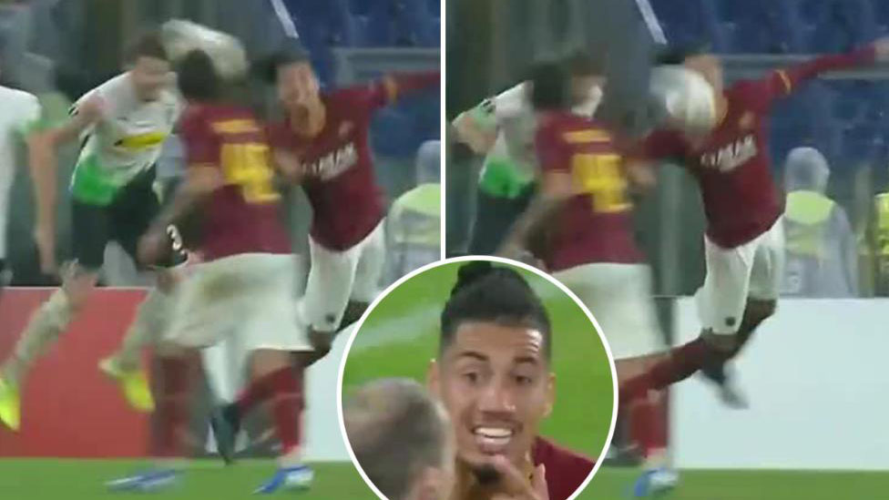 Smalling, trọng tài, 11m, AS Roma, Borussia Moenchengladbach, Europa League, penalty, trực tiếp bóng đá, cúp C2, lịch thi đấu