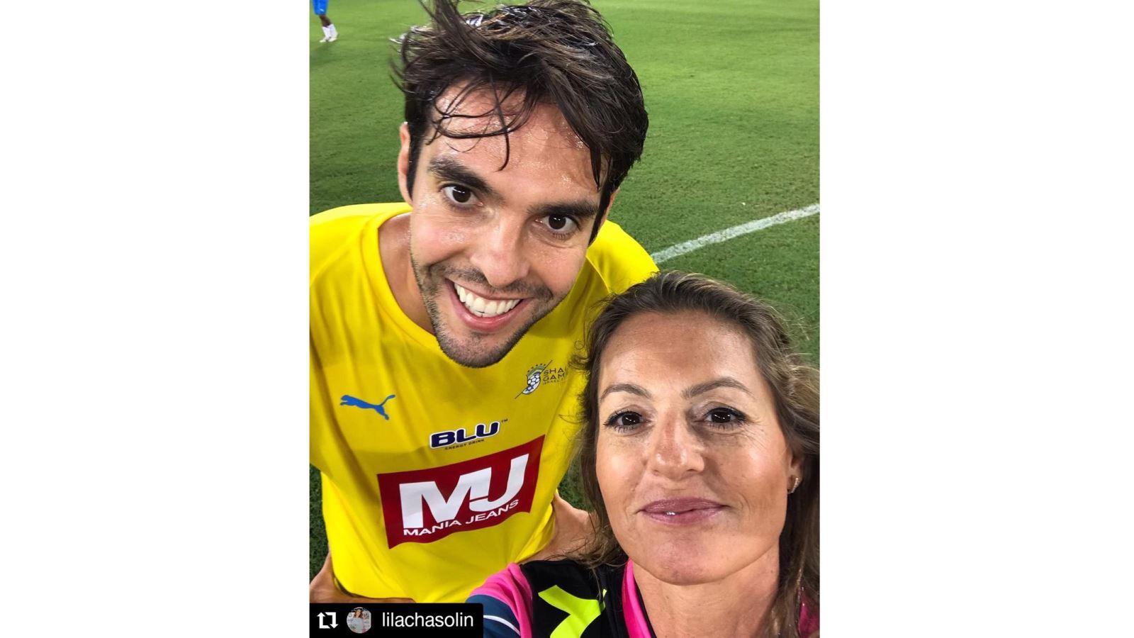 Kaka, nữ trọng tài, Brazil, Israel, selfie, Ronaldinho, Roberto Carlos, Rivaldo, Cafu, Bebeto