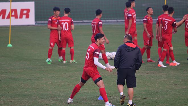 văn hậu, SC Heerenveen, truc tiep bong da hôm nay, Việt Nam đấu với UAE, truc tiep bong da, Việt Nam vs UAE, xem bóng đá trực tiếp, VTV6, VTV5, VTC1, VTC3, xem bóng đá trực tuyến, VN vs UAE