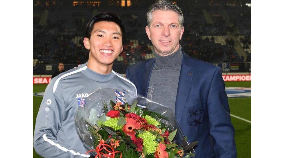 Văn Hậu được vinh danh ở SC Heerenveen khiến fan Việt tự hào
