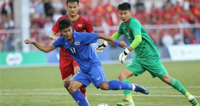 Báo Indonesia chê Bùi Tiến Dũng và Văn Toản trước chung kết SEA Games 2019