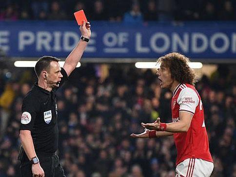 Chelsea 2-2 Arsenal: Chơi thiếu người, 'Pháo thủ' vẫn khiến Chelsea chia điểm