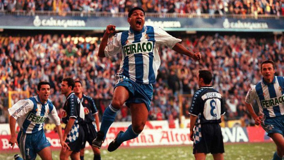 20 năm nước, Deportivo đã vượt qua Real và Barca, giành chức vô địch thần kỳ tại La Liga