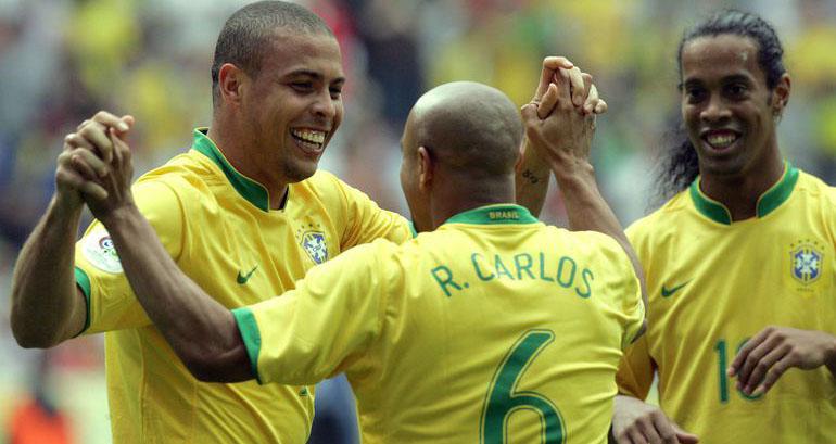 bóng đá, bong da hom nay, ronaldinho, ronaldo, roberto carlos, lịch thi đấu bóng đá, brazil, paraguay, rô vẩu