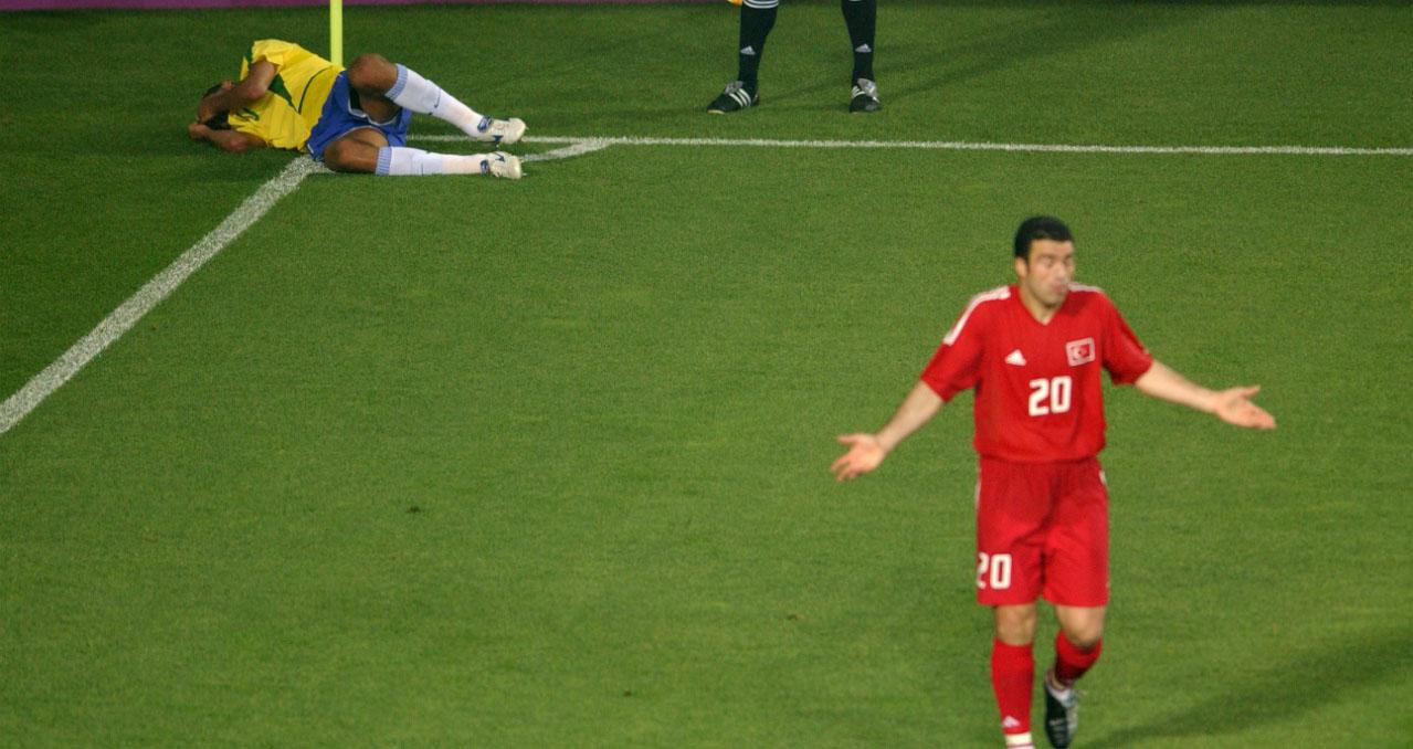 Rivaldo, ăn vạ, brazil, thổ nhĩ kỳ, world cup, đóng kịch, bóng đá, bong da, bóng đá hôm nay