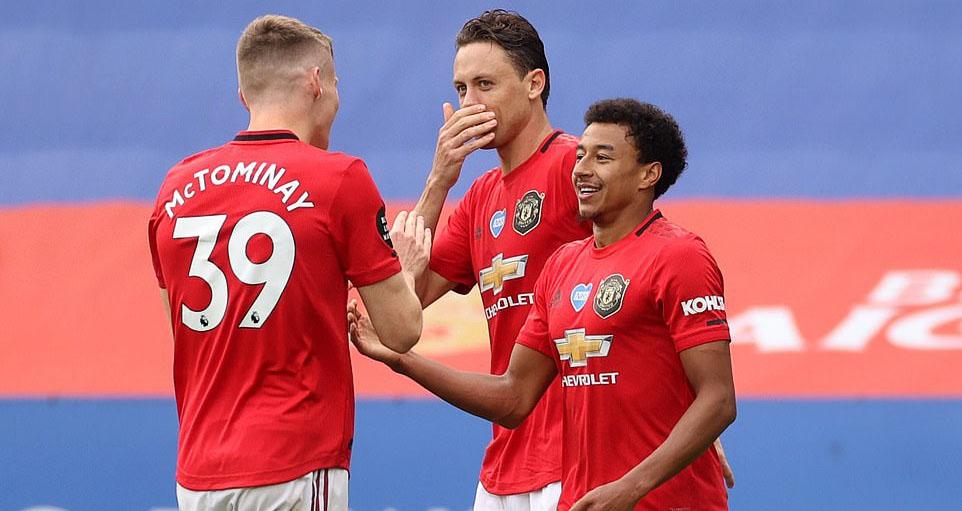 Kết quảbóng đá. Leicester 0-2 MU. Kết quả MU. Kết quả Chelsea. Bảng xếp hạng bóng đá Anh. BXH bóng đá Anh. BXH chung cuộc giải ngoại hạng Anh. BXH ngoại hạng Anh
