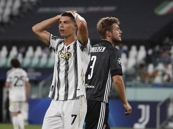 Ronaldo chỉ còn kém kỷ lục của Vua bóng đá Pele 30 bàn