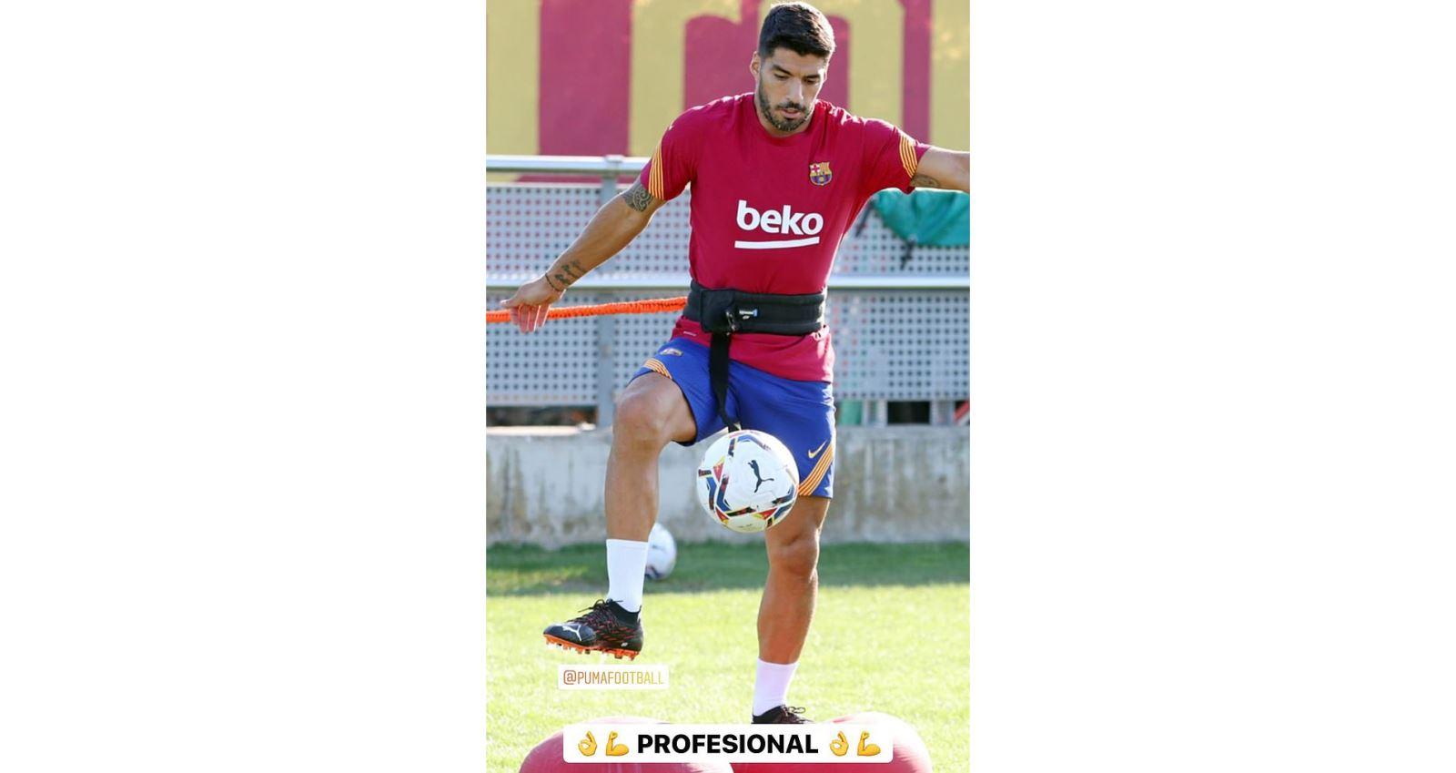 Barcelona, Chuyển nhượng Barca, Luis Suarez rời barcelona, Messi ở lại, chuyển nhượng Barcelona,  tương lai Messi, Suarez gia nhập Juventus, Man City, bong da