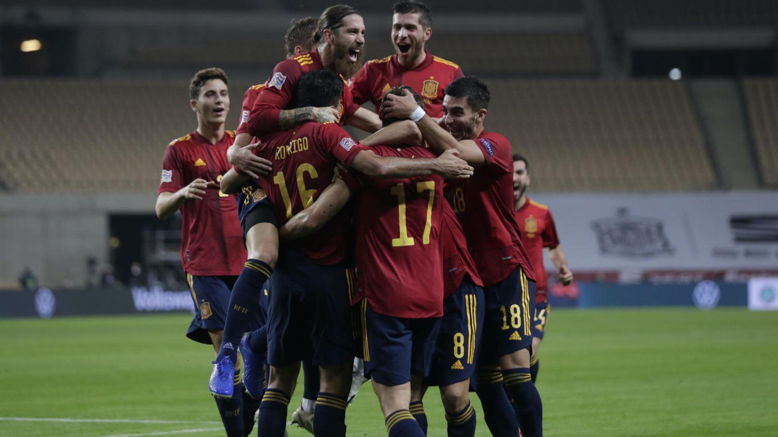 Bóng đá hôm nay 18/11: Tây Ban Nha thắng Đức 6-0. MU thanh lý 3 cầu thủ