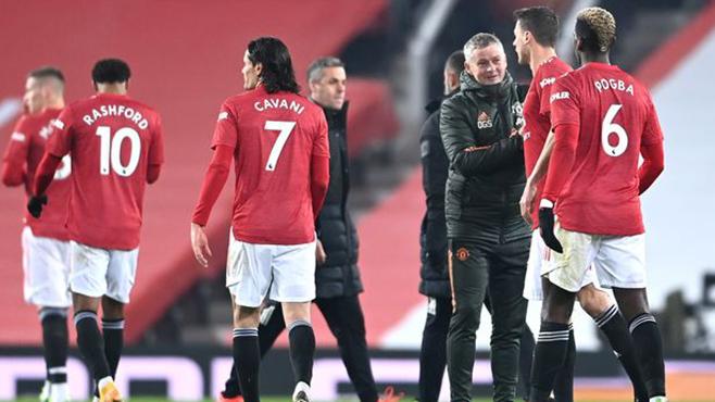Cuộc đua vô địch Ngoại hạng Anh: MU sẽ soán ngôi đầu của Liverpool vào lúc nào?