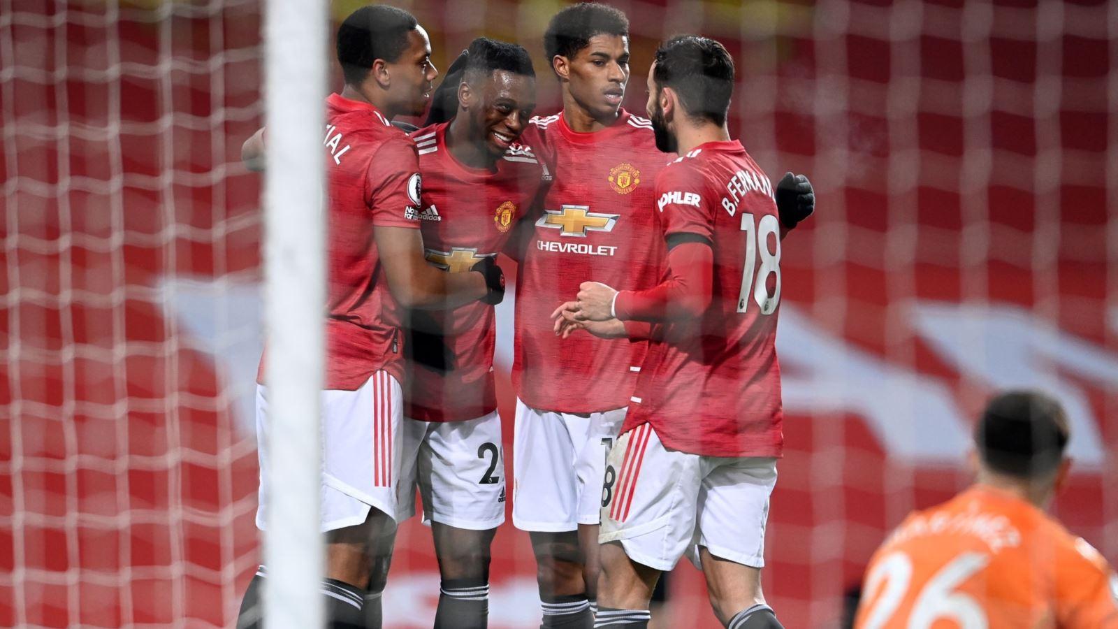 MU 2-1 Aston Villa: Martial và Bruno Fernandes ghi bàn, MU bằng điểm Liverpool
