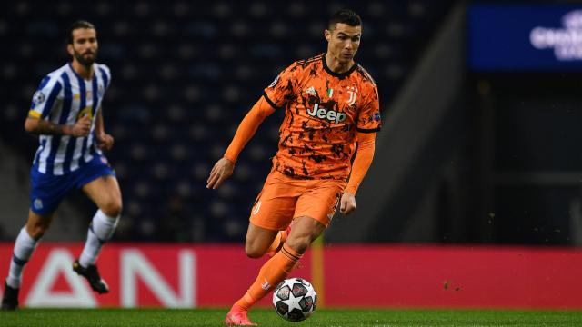 Porto 2-1 Juventus: Hàng thủ mắc sai lầm, Ronaldo im tiếng, Juventus nếm trái đắng