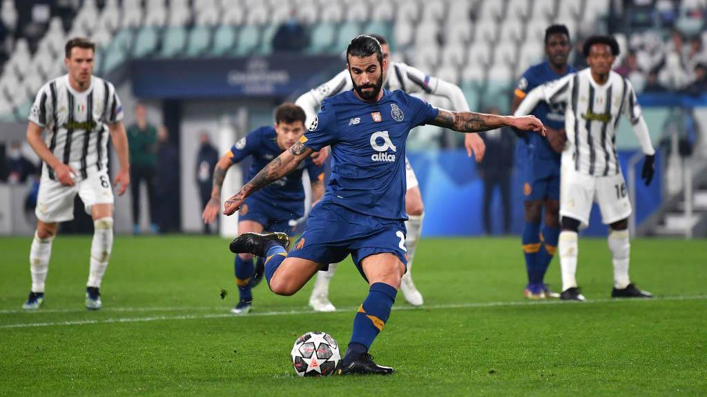 Juventus 3-2 Porto (chung cuộc 4-4): Chơi hơn người, Juve vẫn bị loại đầy cay đắng