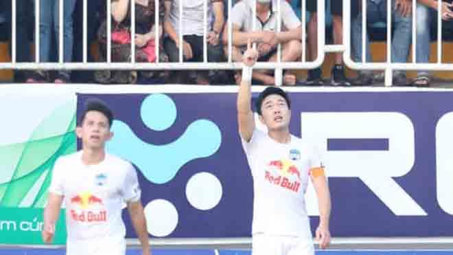 Điểm nhấn HAGL 1-0 Hà Nội FC: Xuân Trường sút xa ghi bàn. HAGL mang dáng dấp nhà vô địch