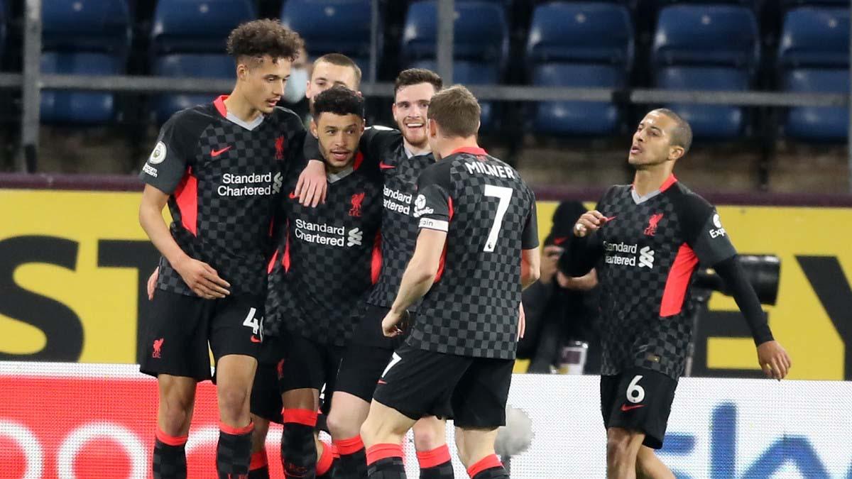 Burnley 0-3 Liverpool: Firmino lại ghi bàn, Liverpool trở lại Top 4