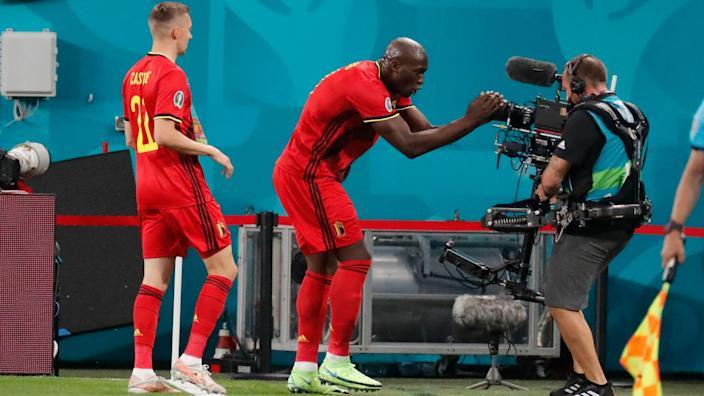 Bỉ 3-0 Nga, ket qua bong da, ket qua Nga dau voi Bi, kết quả bóng đá hôm nay, kết quả EURO 2021, EURO 2020. Lukaku, lịch thi đấu EURO 2021, Bỉ, Nga, tin bong da