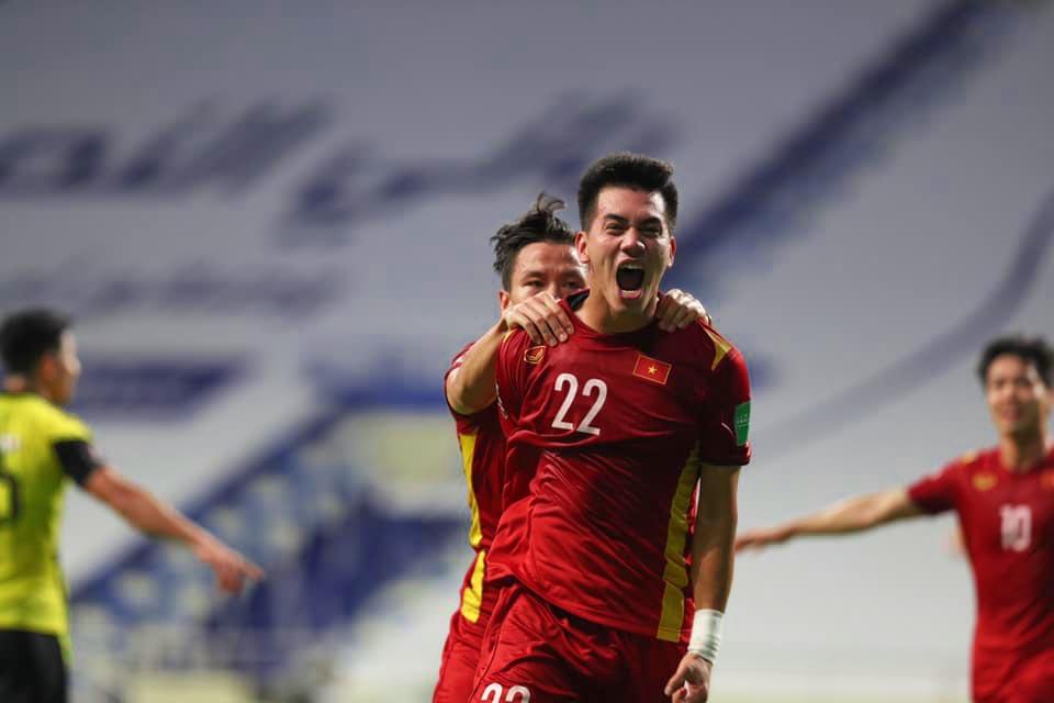 Việt Nam 2-1 Malaysia, ket qua bong da, ket qua vong loai world Cup 2022, kết quả bóng đá Việt Nam đấu với Malaysia, bảng xếp hạng bảng G vòng loại World Cup 2022