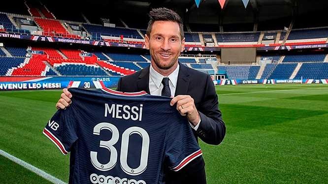 Lionel Messi, Messi gia nhập PSG, Messi chính thức đạt thỏa thuận gia nhập PSG, Messi tới PSG, PSG chiêu mộ Messi, Messi ra mắt PSG, Messi ra mắt PSG, Messi, PSG