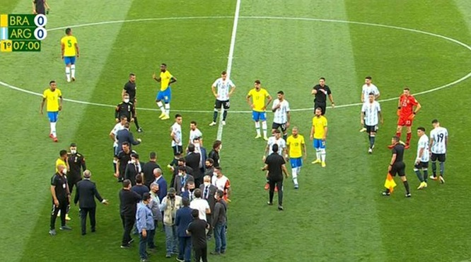 Brazil vs Argentina bị hoãn, hoãn trận Brazil vs Argentina, vòng loại World Cup 2022, cầu thủ Argentina bị bắt, Messi, Neymar, kết quả bóng đá vòng loại World Cup Nam Mỹ
