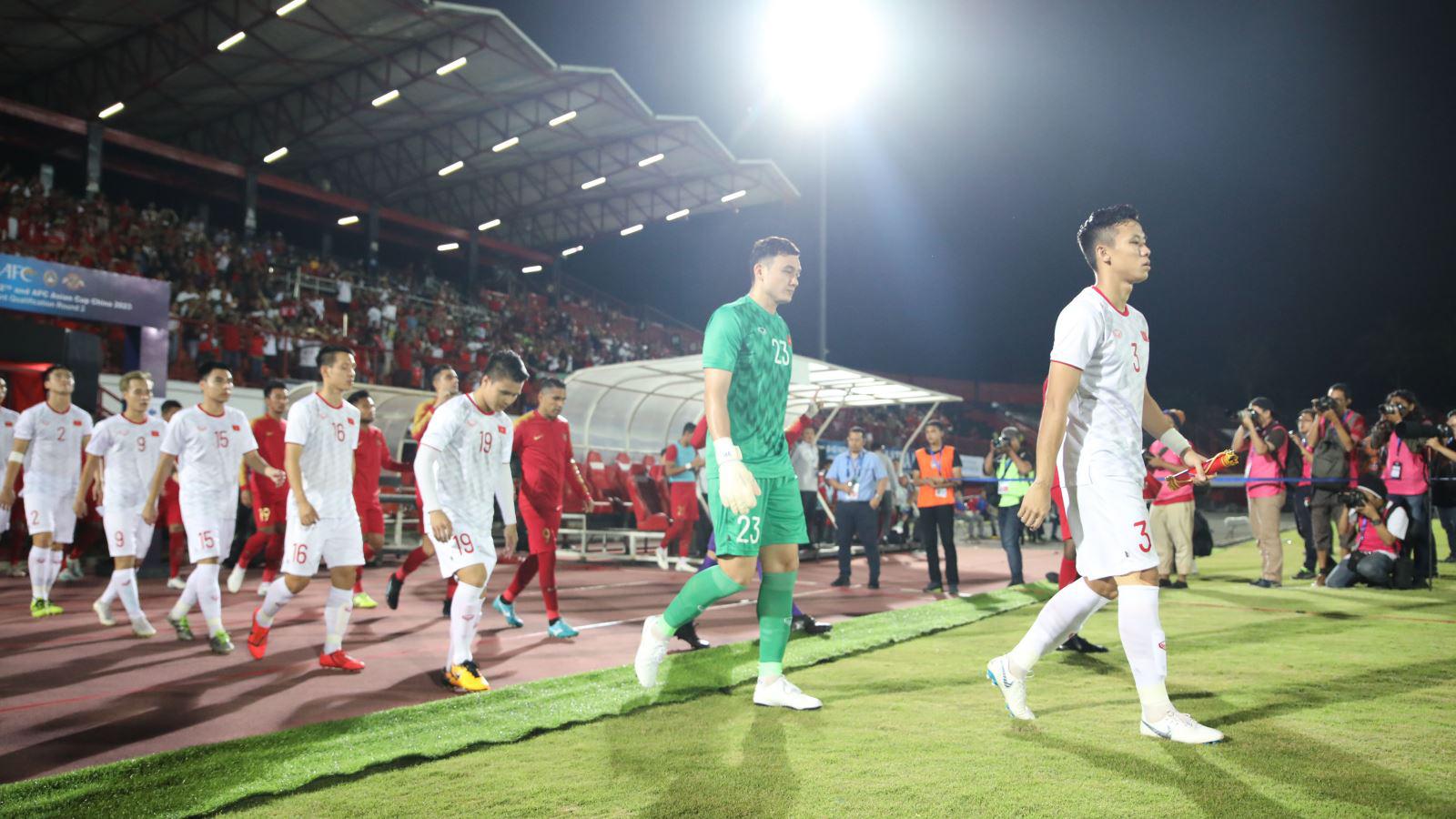 Thắng Indonesia, Việt Nam trở lại Top 15 châu Á trên BXH FIFA