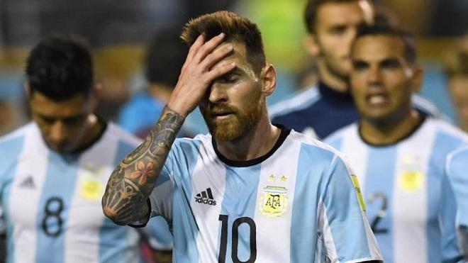'Messi sai lầm vì... quá trung thành với Argentina'