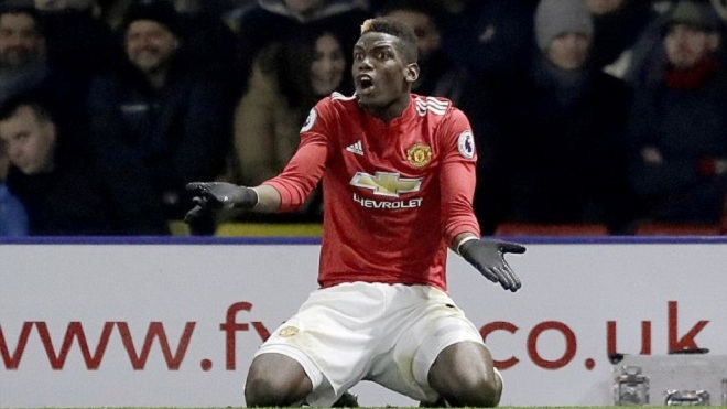 'Mourinho không mâu thuẫn với Pogba'. M.U gặp vấn đề nghiêm trọng khác