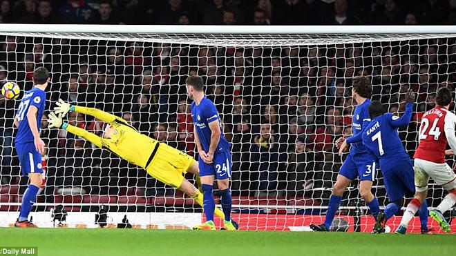 Video bàn thắng Arsenal 2-2 Chelsea: Tranh cãi, rượt đuổi hấp dẫn đến phút cuối