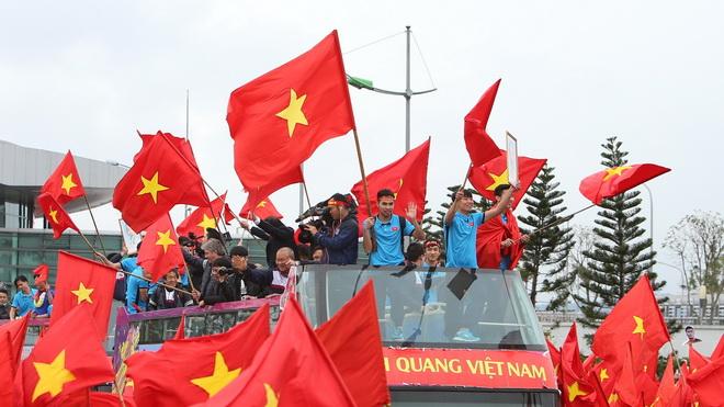 Xem trực tiếp U23 Việt Nam về nước và lễ mừng công vinh danh đoàn TTVN ở sân Mỹ Đình