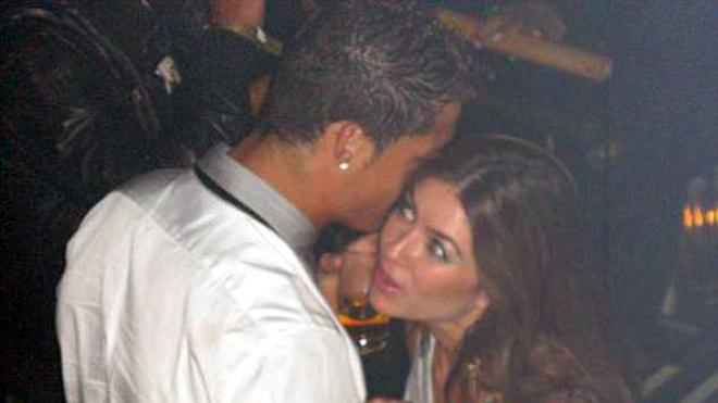Ronaldo hiếp dâm phụ nữ Mỹ, Ronaldo, Cristiano Ronaldo, CR7, Ronaldo cưỡng dâm, Juventus, Juve, tự truyện Ronaldo, Ronaldo cưỡng hiếp, Ronaldo bị cáo buộc hiếp dâm