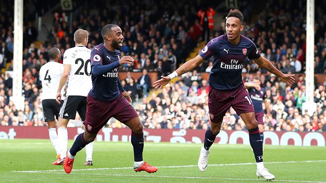Arsenal thắng liên tục: HLV Emery có thực sự xuất sắc, xứng đáng được ca ngợi?