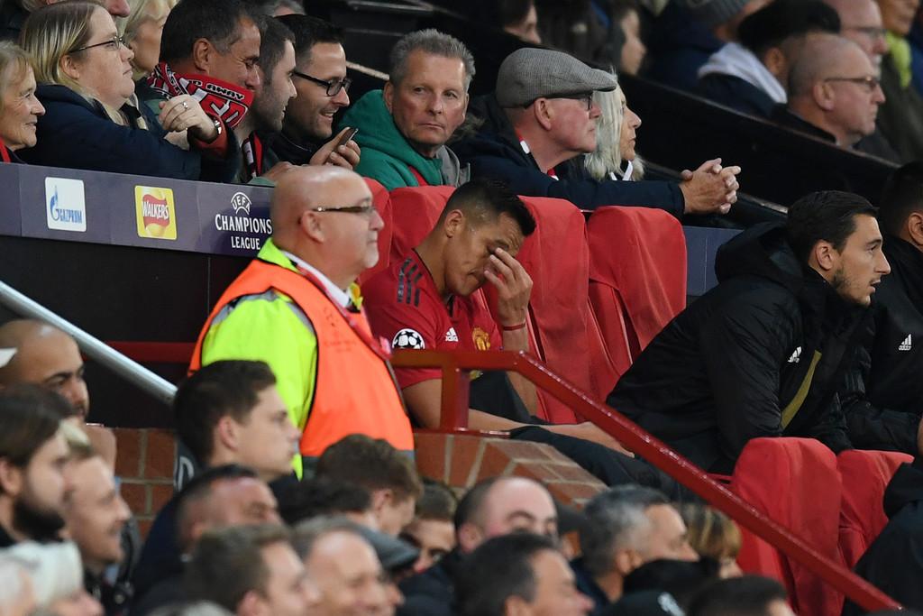 MU: Sanchez quyết gia nhập PSG vì bị Mourinho bỏ rơi. Chuyển nhượng MU