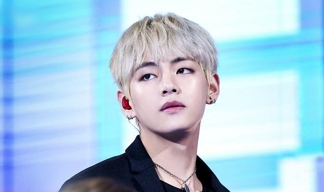 BTS, V BTS, Kỷ lục mới của V, V không đối thủ, album Map Of The Soul: 7, Inner Child, Sweet Night, Itaewon Class (OST), 7YearsWithTaehyung, BTSV, BHX Amazon, V vô đối