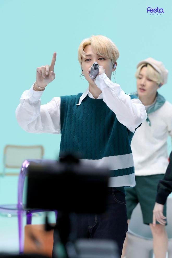 BTS, BTS tin tức, BTS thành viên, Kpop, ARMY, BTS FESTA 2021, FESTA 2021, BTS Room Live, BTS profile, BTS idol, bts youtube, jimin, jungkook, jin, suga, j-hope, RM, V