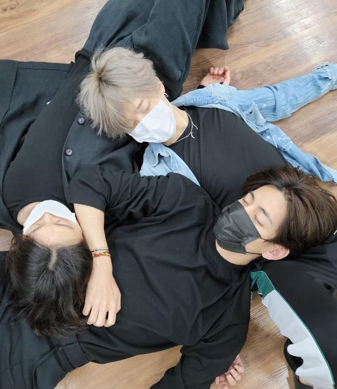BTS, BTS tin tức, BTS thành viên, V, Jungkook, Kpop, V BTS, Jungkook BTS