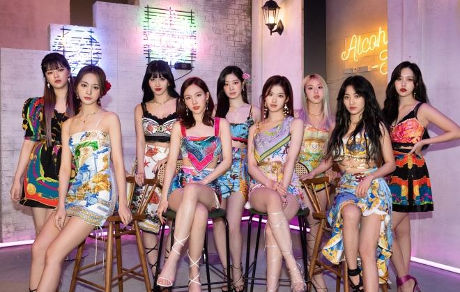 Twice, Twice tin tức, Twice thành viên, Kpop, ONCE, Taste of Love, Alcohol-Free, Twice Nayeon, Twice Momo, Twice Tzuyu, Twice Sana